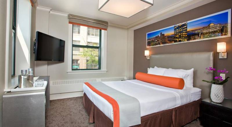 Chandler Inn Hotel