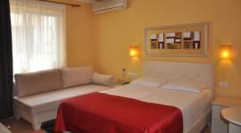 Hotel Pik Loti