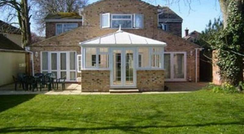 Ayah Villa Guest House