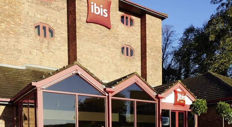Ibis London Luton Airport