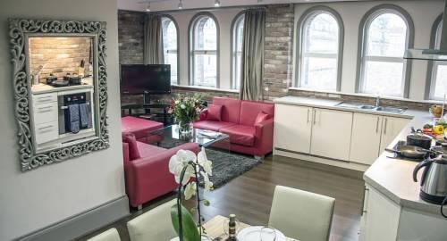 Base Serviced Apartments - Sir Thomas Street