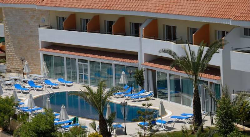 M. Moniatis Hotel