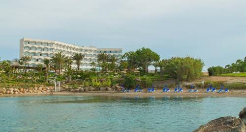 Crystal Springs Beach Hotel