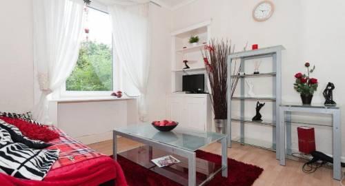 Hamza Apartment