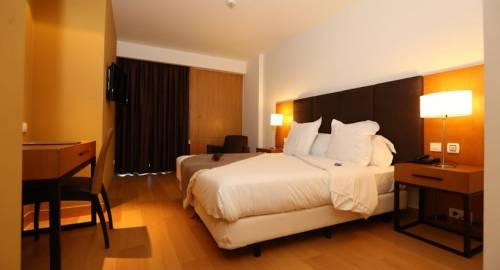 Premium Setubal Hotel