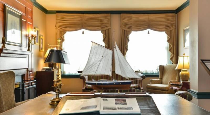 Admiral Fell Inn