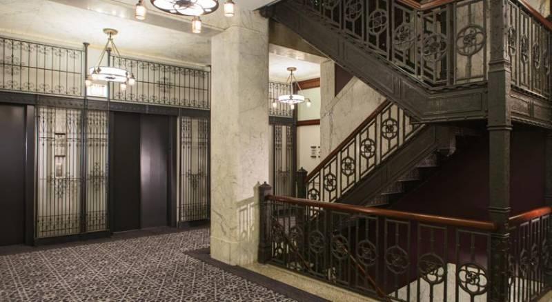 Burnham, a Kimpton Hotel