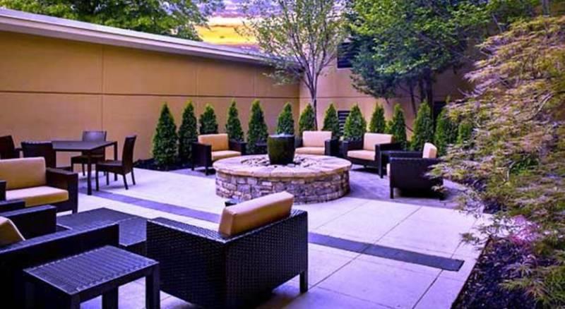 Courtyard Buckhead