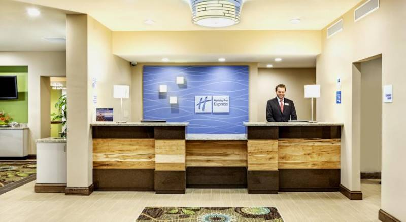 Holiday Inn Express Charleston Downtown – Ashley River