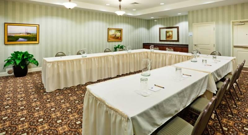 Holiday Inn Express Hotel & Suites Mount Pleasant - Charleston