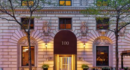 The Tremont Chicago Hotel at Magnificent Mile