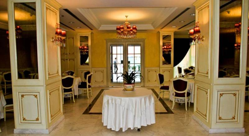 Hotel Fieri