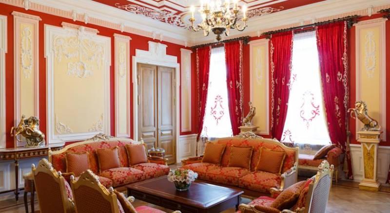 Trezzini Palace Hotel