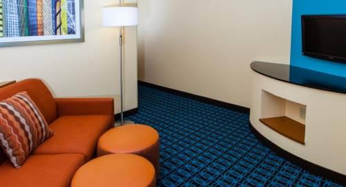 Fairfield Inn & Suites Dallas Market Center