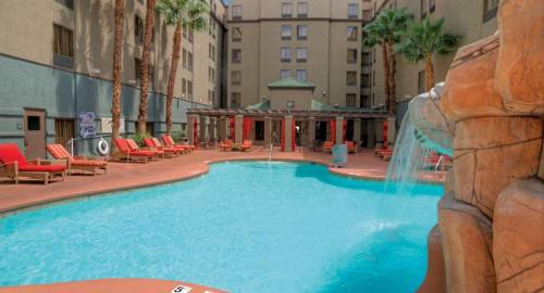 Hampton Inn Tropicana and Event Center