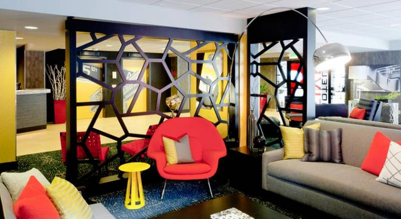 Hotel FIVE - Pineapple Hospitality