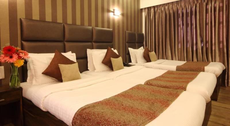 Hotel Supreme