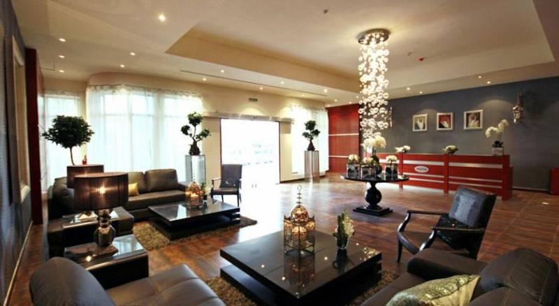 Al Manzil Hotel Apartments