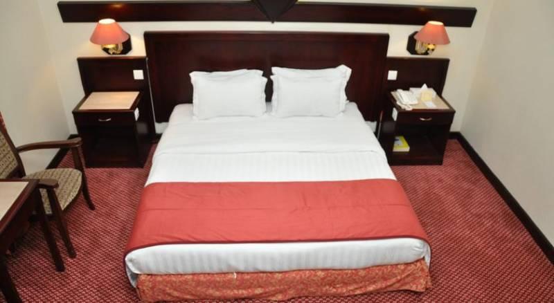 Claridge Hotel - Dubai
