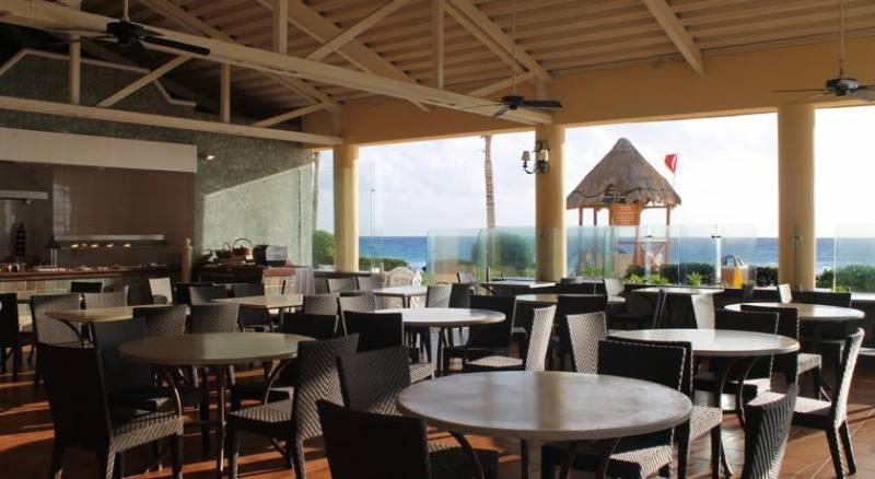 GR Solaris Cancun All Inclusive