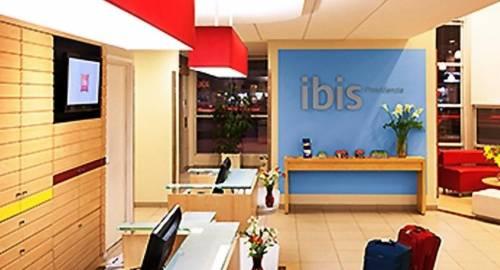 Ibis Santiago Providencia