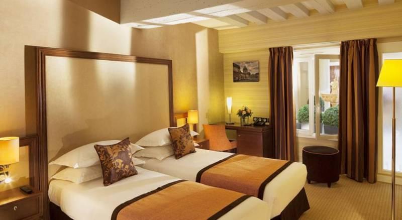 Hotel Saint Honore