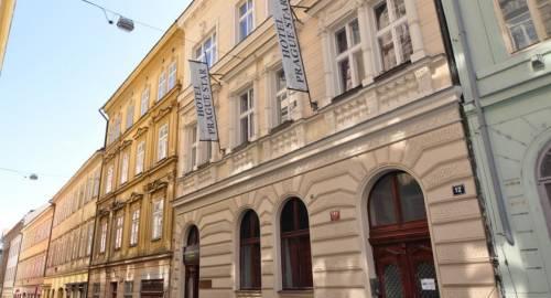 Hotel Prague Star