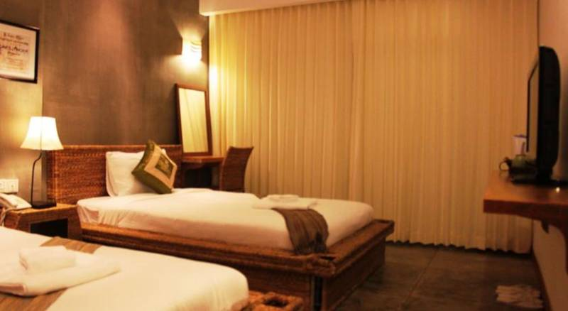 Saravoan-Kep Hotel