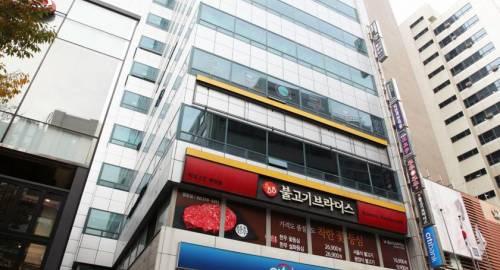 Ekonomy Hotel Myeongdong Central