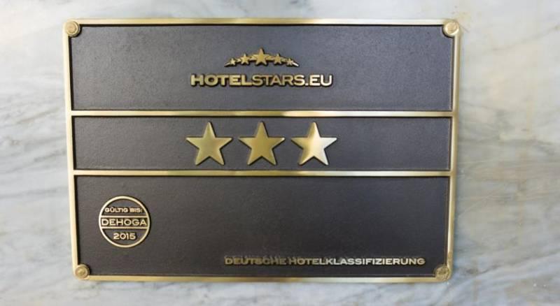 CENTRAL Hotel Duesseldorf