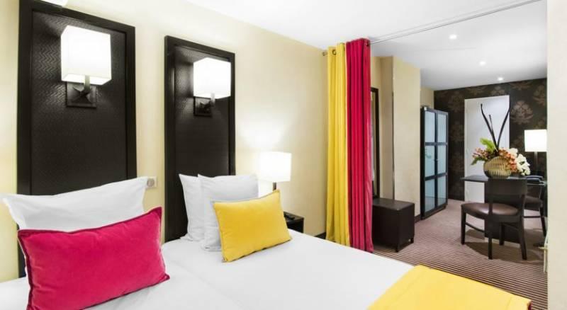 Hotel Pax Opera