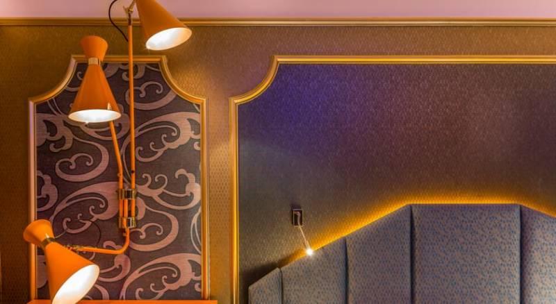 Idol Hotel By Elegancia