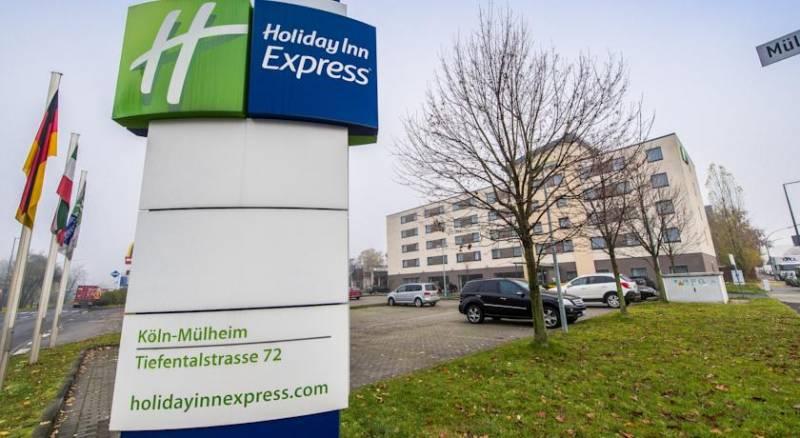 Holiday Inn Express Cologne Mülheim