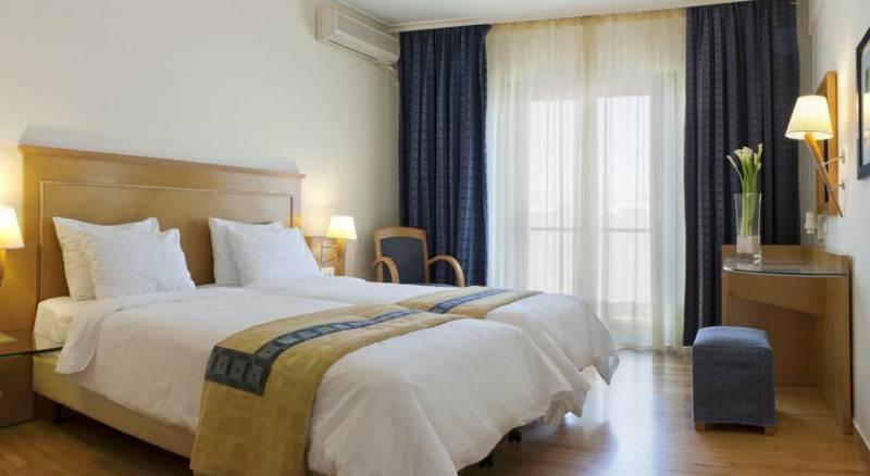 Plaka Hotel