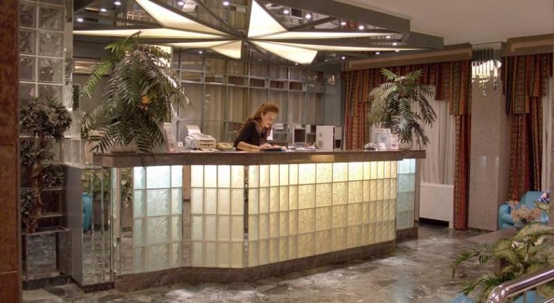 Xenophon Hotel