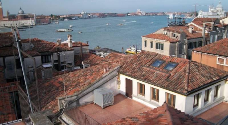 Bed & Venice - Casa per Ferie la Pietà