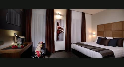 Spanish Art Hotel