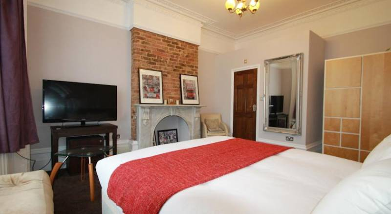 Manor House London