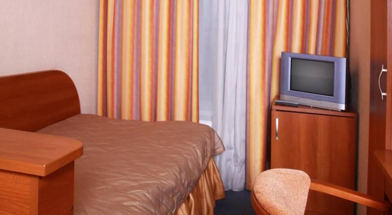City Hotel Comfitel