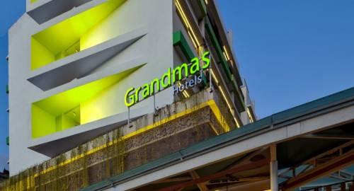 Grandmas Kuta Hotel