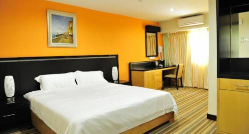Hotel Hallmark Inn