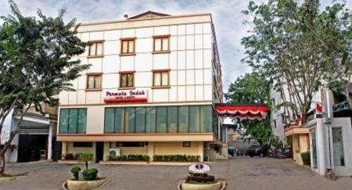 Losari Roxy Hotel
