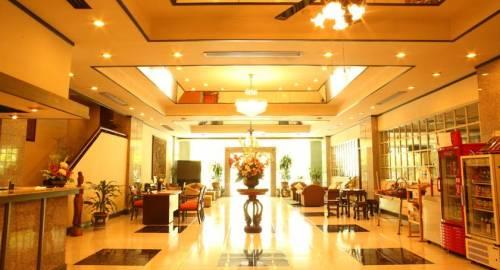 Yellow Ribbon Hills Sathorn Service Apartment