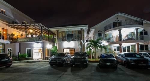 Midindi Hotel