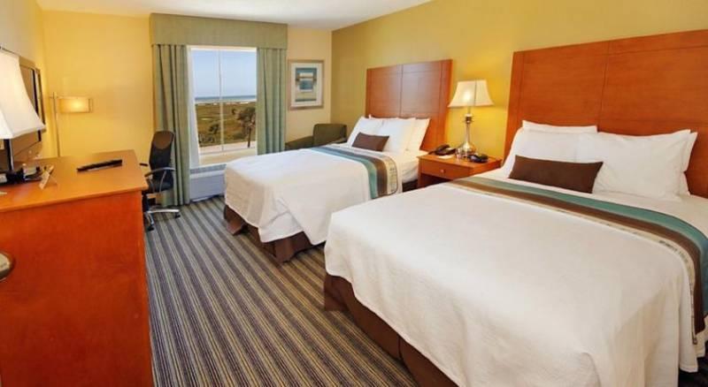 Best Western Plus Seawall Inn & Suites by the Beach
