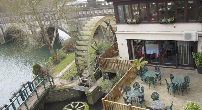 Old Mill Hotel & Lodge