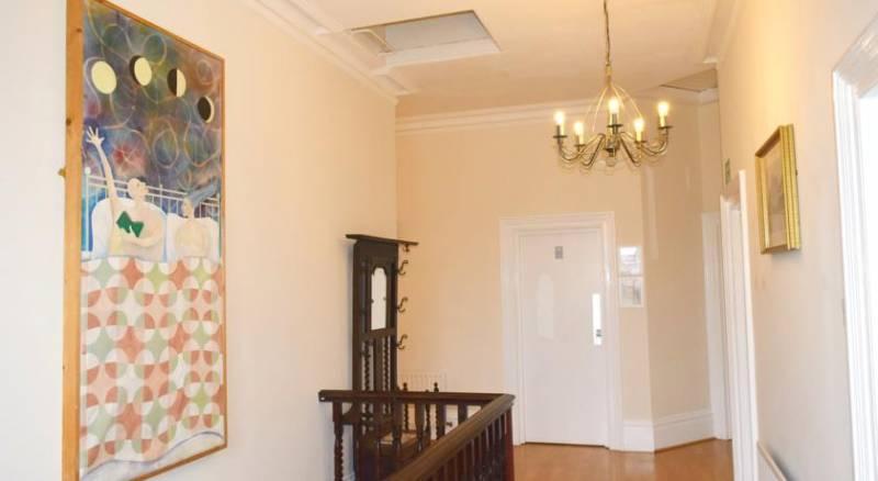 Black Lion Guesthouse