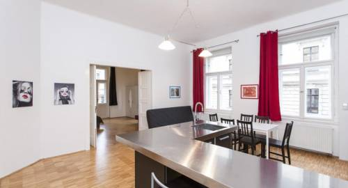 Prague Apartment V Lesičku 8