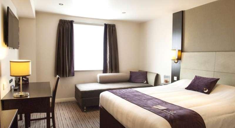 Premier Inn Manchester (Denton)
