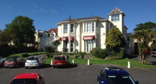 Sunningdale Apartments